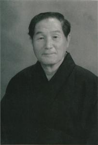 Ikeda sensei. Imagen tomada de Kenshi247.